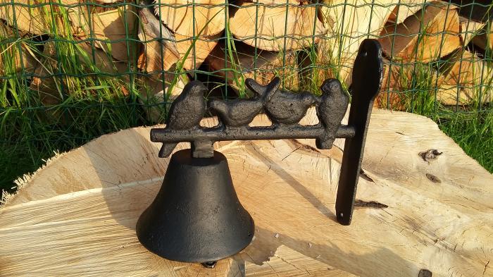 Litinový zvonek s ptáčky